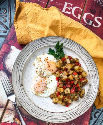 Easy Parmesan Breakfast Potatoes | Breakfast and Brunch