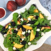 Peach Blackberry Salad with Blackberry-Basil Vinaigrette | Soups and Salads