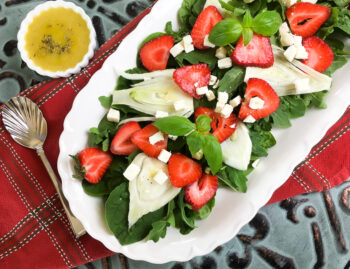 Strawberry Fennel Salad with Homemade Vinaigrette | Quick and Easy