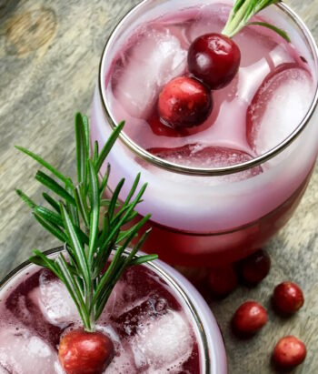 Cinnamon and Cumin-Infused Cranberry Spritzer | Healthy Holiday Recipes